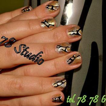 Manicure - p54